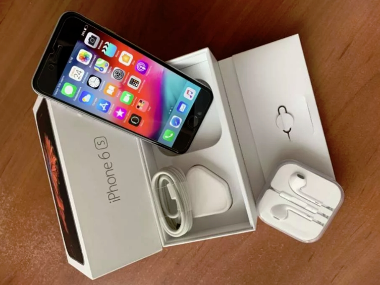 внешнее состояние покупаемого IPhone