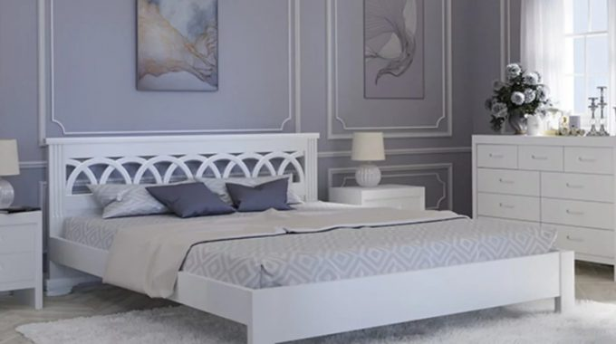 Как выбрать кровати белого цвета из массива?